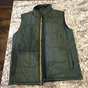 Ascend puffer vest from bass pro